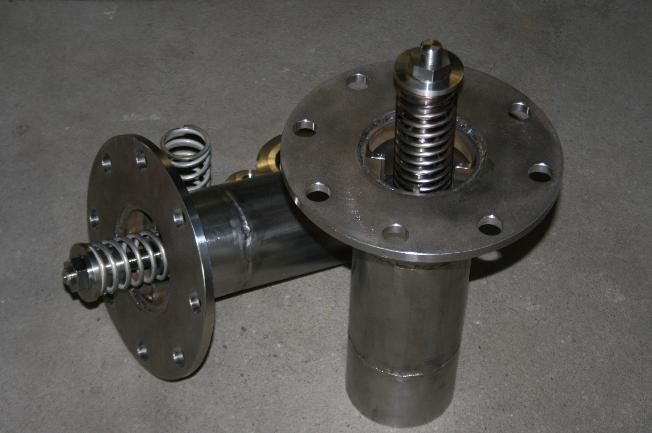Worthington Deaerator large flanged spray valve